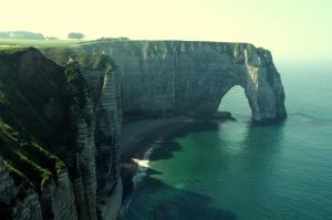 lfg-worlds-most-beautiful-places-4 Hands  - Etretat-France
